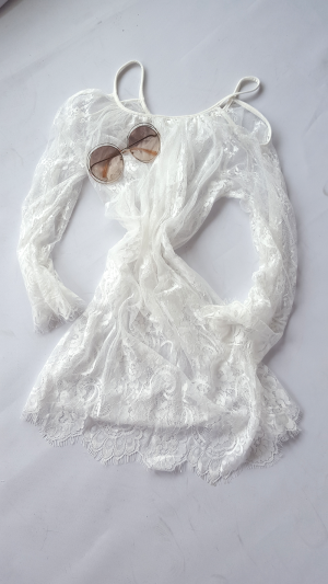 lace cape white