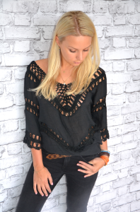 Black blouse-tunic